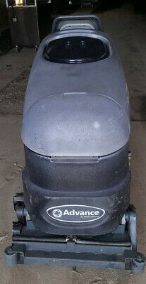 Advance Convertamatic 24c-c Industrial Automatic Floor Scrubber Vacuum Machine