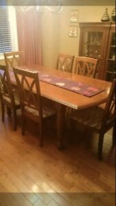 FULL DINING ROOM SET 7 PIECES