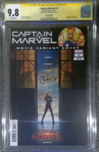 Captain Marvel #1 photo cover variant__CGC 9.8 SS__Signed by Brie Larson