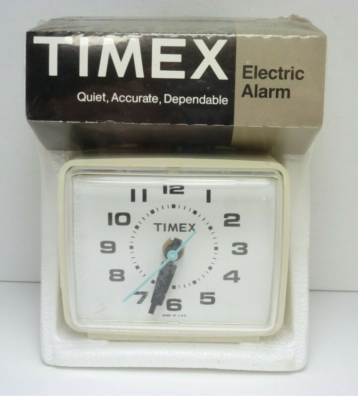 New Vintage TIMEX 7369-002 Electric Alarm Clock - SEALED
