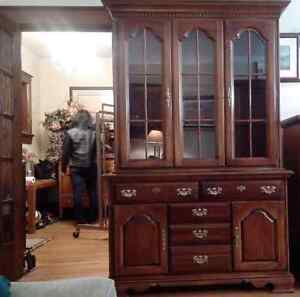 Solid cherry wood china cabinet - excellent condition Kitchener / Waterloo Kitchener Area image 1