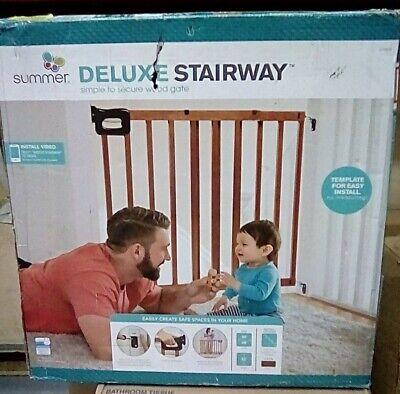 Summer Deluxe Stairway Simple to Secure Wood Gate, 30-48 Inc