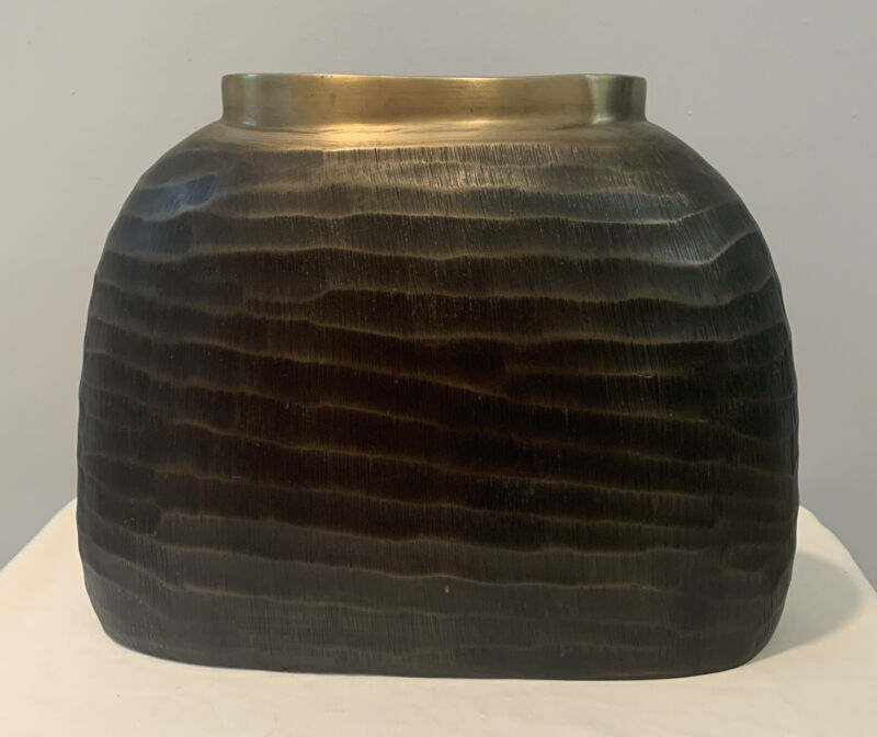 NWT Crate & Barrel Large Jamila Vase Oval Fluted Metal Product #183-571 India