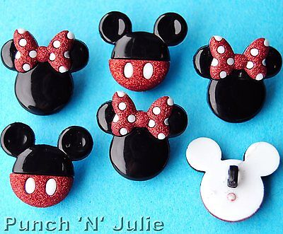 MICKEY AND MINNIE - Disney Boy Girl Mouse Heads Dress It Up Craft Buttons (Boy And Girl Dress Up)