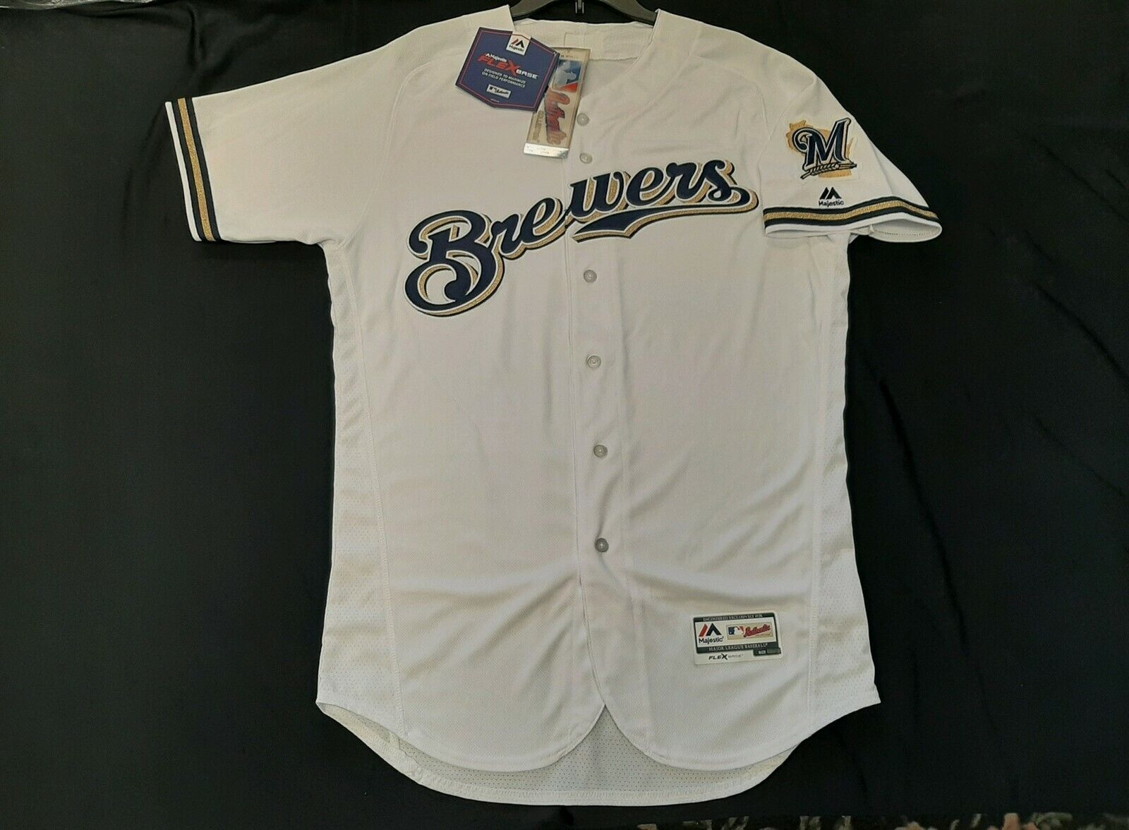 Authentic Milwaukee Brewers Flex Base Home White Jersey 44 - $30.00