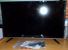 TCL LCD TV 32'' and Remote Melton Melton Area Preview