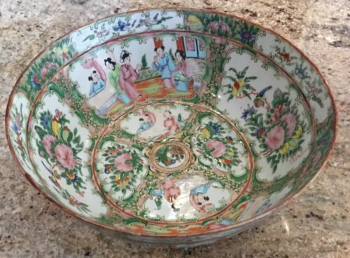 "Rose medallion punch bowl 10"" hand painted figures Chinese antique old porcelain"