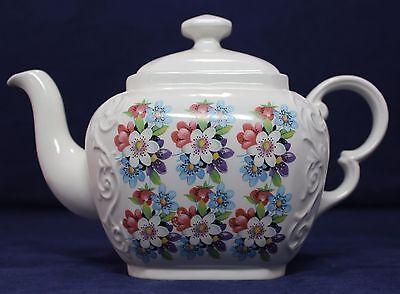 """Woods & Sons Ellgreave Porcelain Teapot - White/Blue/Red Wild Flower 6-1/2"""" H"""
