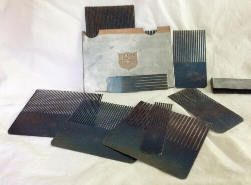 Vinrage or Antique Wood Grain Painting Combs Set with Case - Made in England