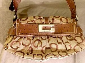 Guess Ostrich & Jacquard Shoulder Bag Belleville Belleville Area image 7