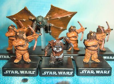 Star Wars Miniatures Lot  Ewok Hang Glider Ewok Warrior Wicket !!  s97