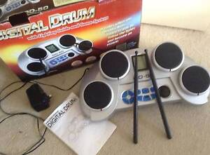 DIGITAL DRUMS WITH LIGHTING GUIDE & GAME SYSTEM BATTERY/ELECTRIC Tewantin Noosa Area Preview