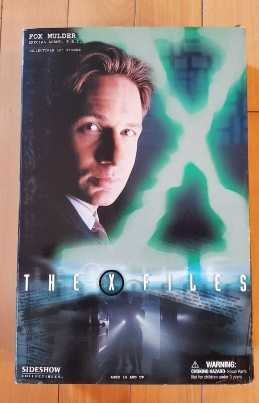 """Sideshow Collectibles X-Files Fox Mulder (Suit) 12"""" Collectible USED"""