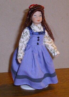 leid mit dunklen Haaren -Miniatur 1:12 (Mädchen Mit Blauen Haaren)