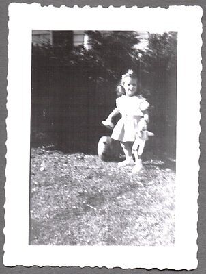 Holloween Photos (VINTAGE 1948 HALLOWEEN HOLLOWEEN LITTLE GIRL JACK-O-LANTERN PUMPKIN OLD)