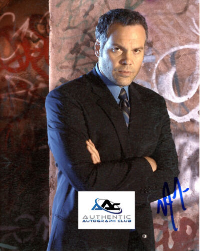 VINCENT D'ONOFRIO AUTOGRAPH SIGNED 8X10 LAW AND ORDER SVU PHOTO