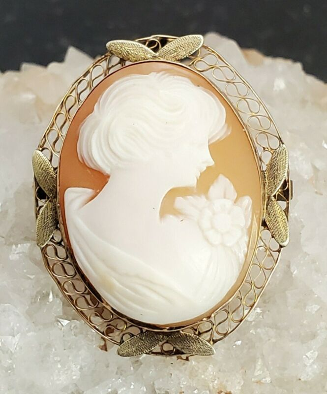 14kt Gold Cameo Brooch ~ Yellow Gold ~ Gorgeous