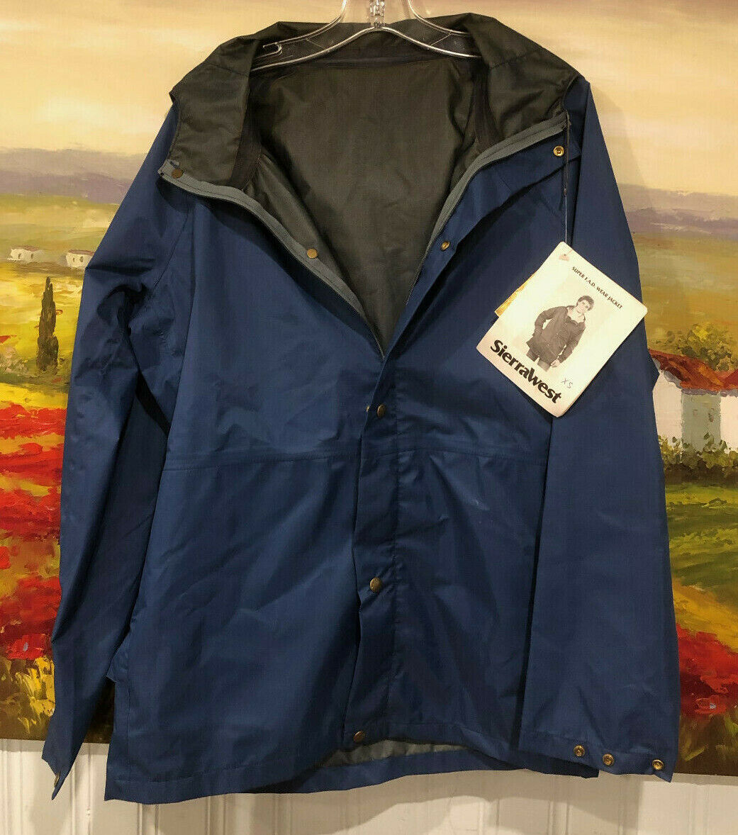 $300 Gore-Tex Waterproof Hiking Rain Jacket Coat Mens Medium