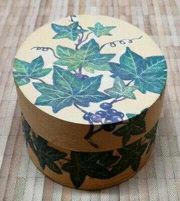 Ovale Holz-Schachtel kunstvoll mit Serviettentechnik verschönert – Motiv Efeu