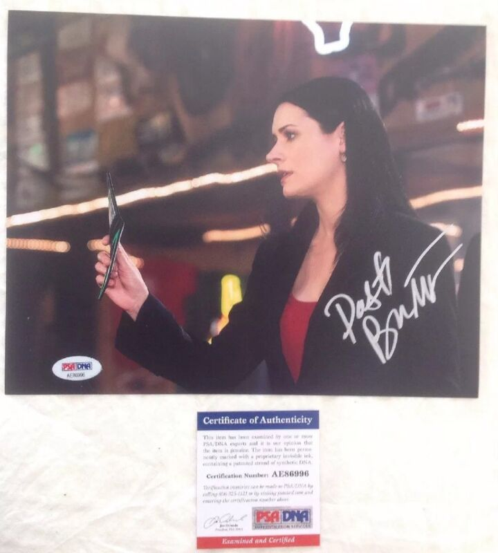 Paget Brewster Criminal Minds Hand Signed Beckett Authenticated 8x10 Photo