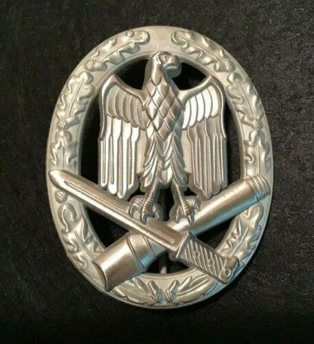 GERMAN WWII GENERAL ASSAULT BADGE IN SILVER 1957 BUNDESREPUBLIK PATTERN REPLICA