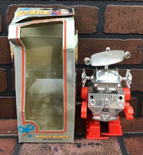 Vintage Wind-Up Space Robot Hong Kong Plastic