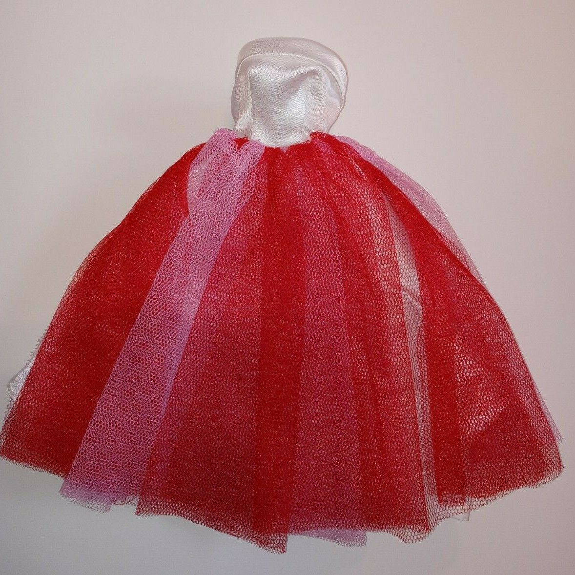 Barbie Vintage Repro / Reproduction Campus Sweetheart 1616 Red Pink Gown - $29.75