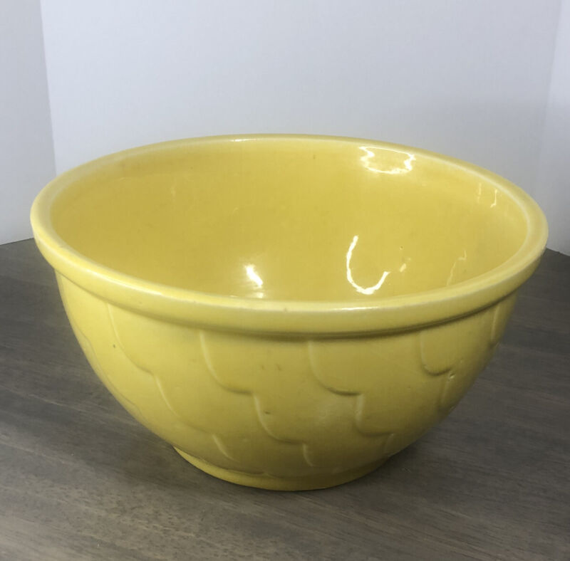 Vintage R.R.P. Co Roseville Robinson Ransbottom Large Yellow Bowl Rare (0001es)