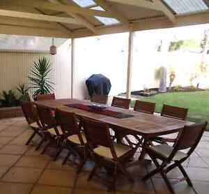 10 seater top quality wood Roxburgh Park Hume Area Preview