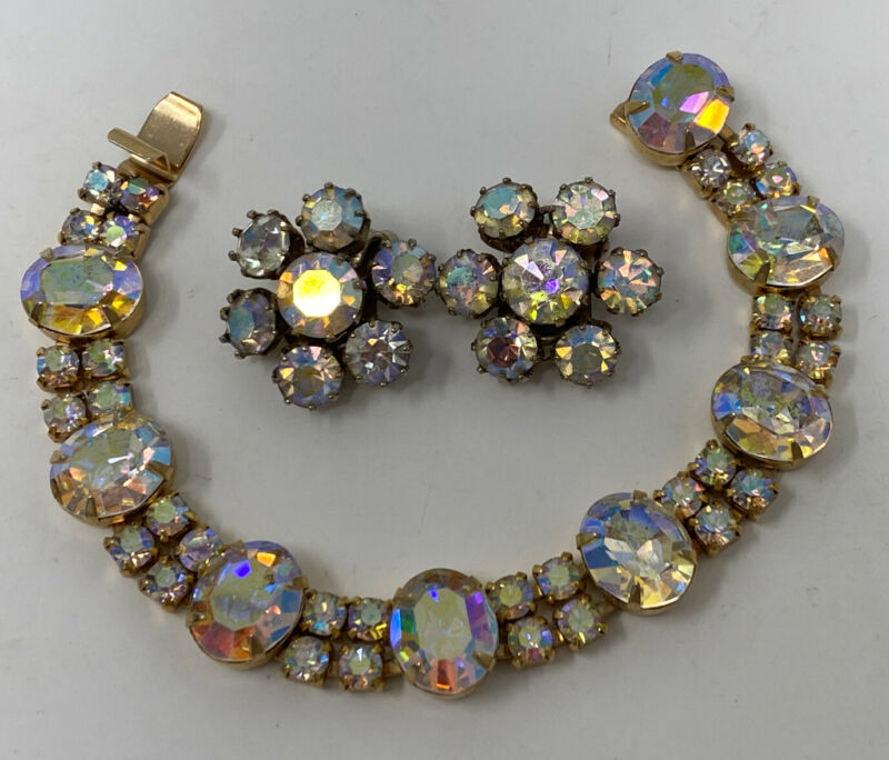 Sparkly Vintage jewelry signed WEISS AB Crystal bracelet & Clip earrings,set