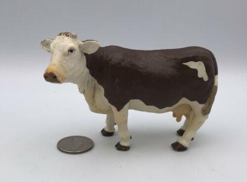 Papo MONTBELIARD COW Adult Brown & White 2004 Dairy Farm Figure