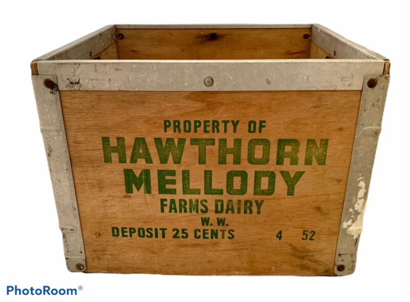 Vintage 1952 Hawthorn Mellody Farms Old DAIRY MILK CRATE BOX Wood Metal Wooden