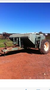 John Shearer 3ton Airseeder box Quorn Flinders Ranges Preview