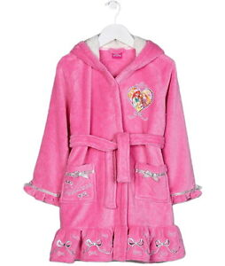 V by Very Hooded Dressing Gown Dusty pink The kind of loungewear you'll be excited to come home to, this super soft dressing gown is made from seriously soft fleece, with a subtly quilted fabric.