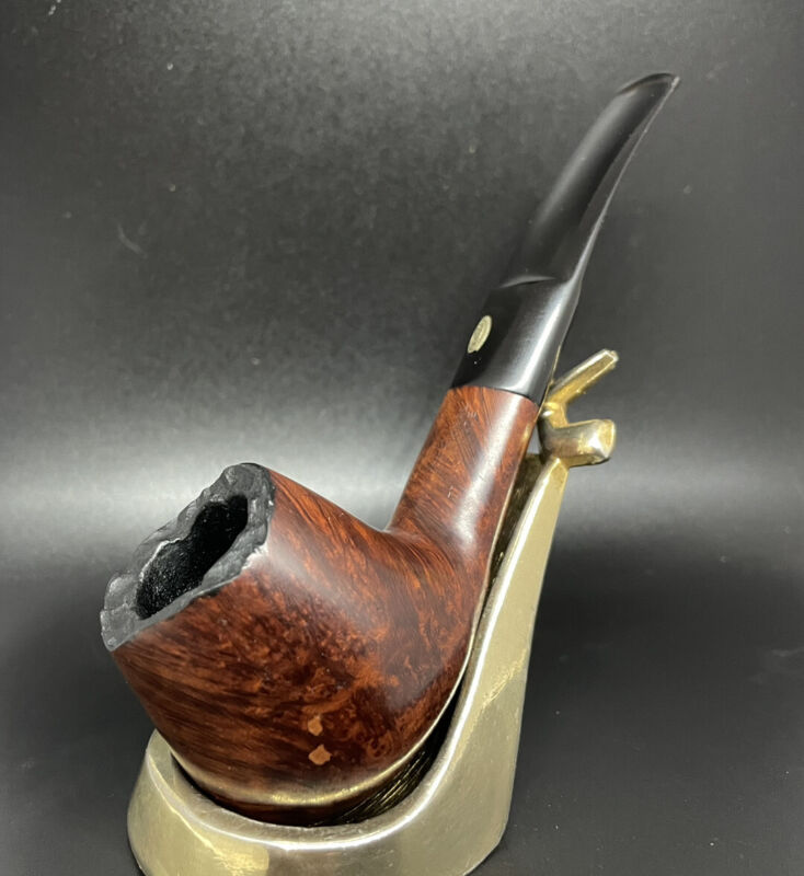 GBD International! Gorgeous Brandy Estate Pipe in Great Condition