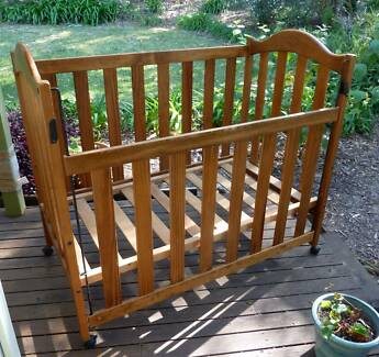 Wooden cot Coffs Harbour Area Preview