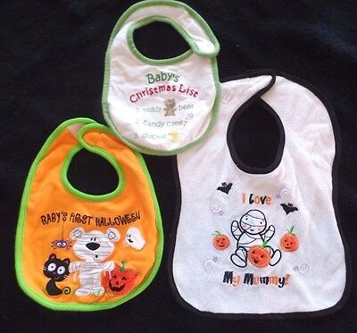 3 baby boys BIBS FEEDING HALLOWEEN CHRISTMAS LIST BEAR GHOST MUMMY PUMPKINS CUTE