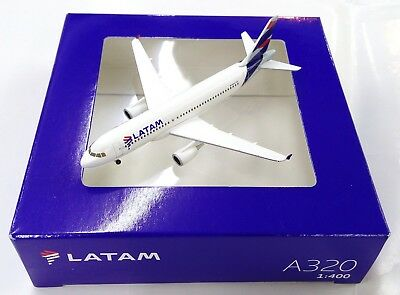 Herpa   Hogan Wings 1 400 Latam Airlines Airbus A320   Diecast Airplane Model