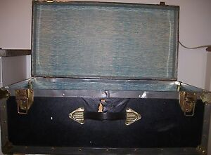 Storage chest/ carrying case