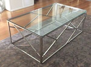 Coffee and lamp table Bellambi Wollongong Area Preview