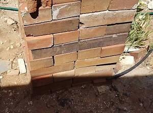 Used bricks red paver stones free Burton Salisbury Area Preview