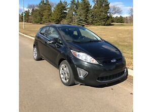 Ford Fiesta 2011 SES (includes winter tires)