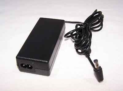 Gateway Liteon AC Adapter / Netzteil / 19-20 Volt 3,42 A - 65 Watt - 100-240Volt
