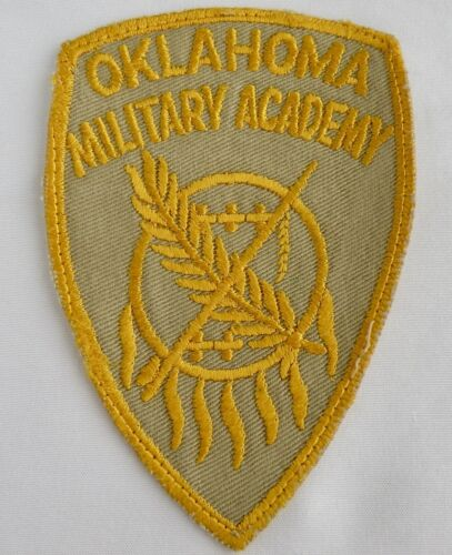 RARE OKLAHOMA MILITARY ACADEMY PATCH WEST POINT OF THE SOUTHWEST DEFUNCT