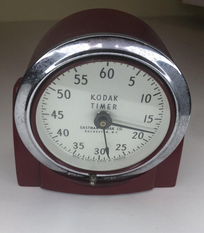 TESTED / WORKING Eastman Kodak red darkroom timer