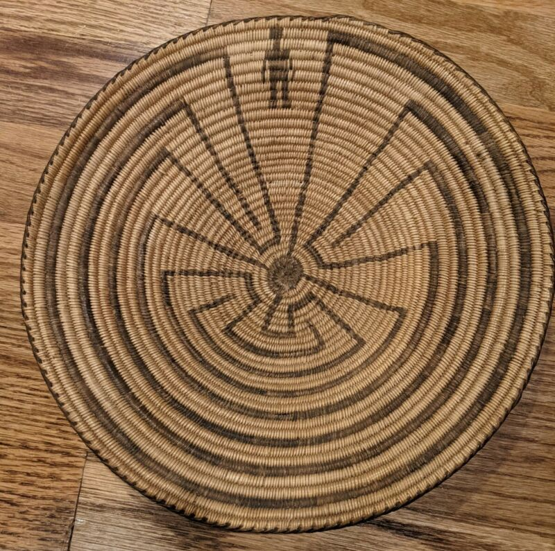 Antique Pima basket coiled gambling tray man in a maze salt river