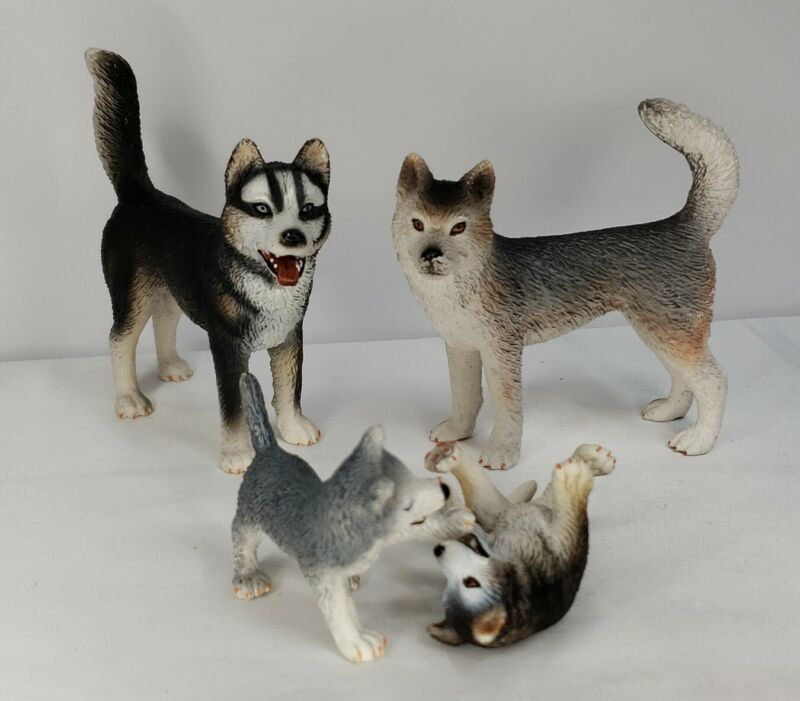 Schleich Wolf lot of 4 Wolf Pack Wolf Family