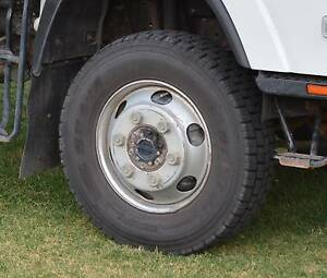 Truck Wheels (Tyres+Rims) x7  (235 75 R17.5 and 225 80 R17.5) Bulli Wollongong Area Preview