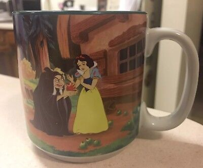 Disney  Mug Snow White and the Seven Dwarfs Witch Apple Coffee Cup