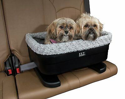 Pet Gear Medium Dog Raised Car Seat carrier in Black Fog with plush pad
